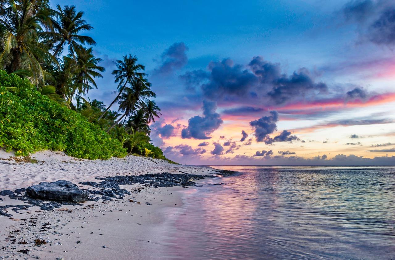 tropical-beach-1164934_1280