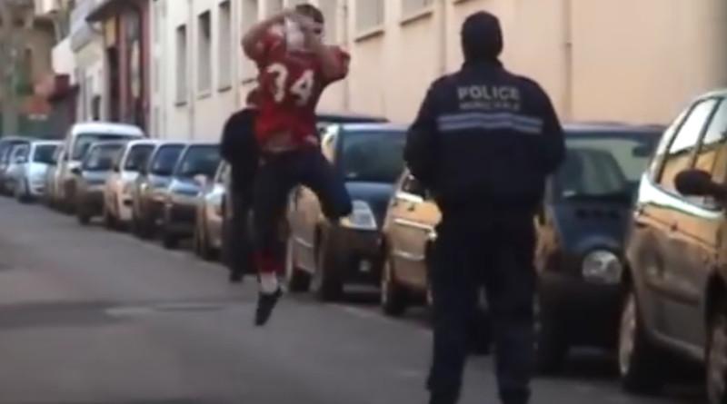 pranking_police