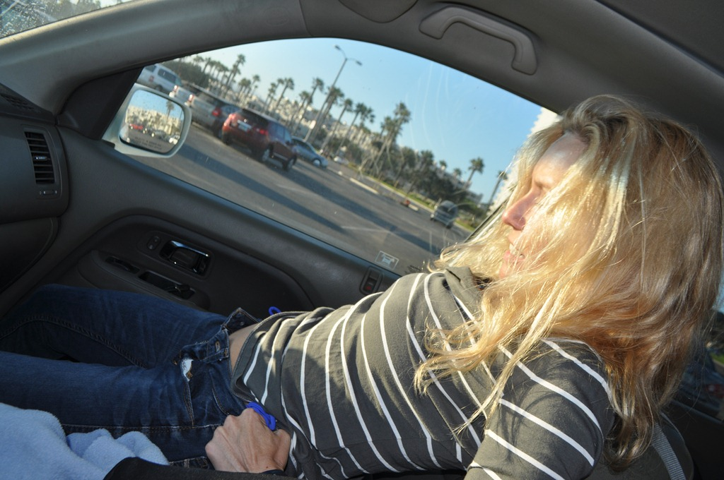 Thank teen girl changing in car